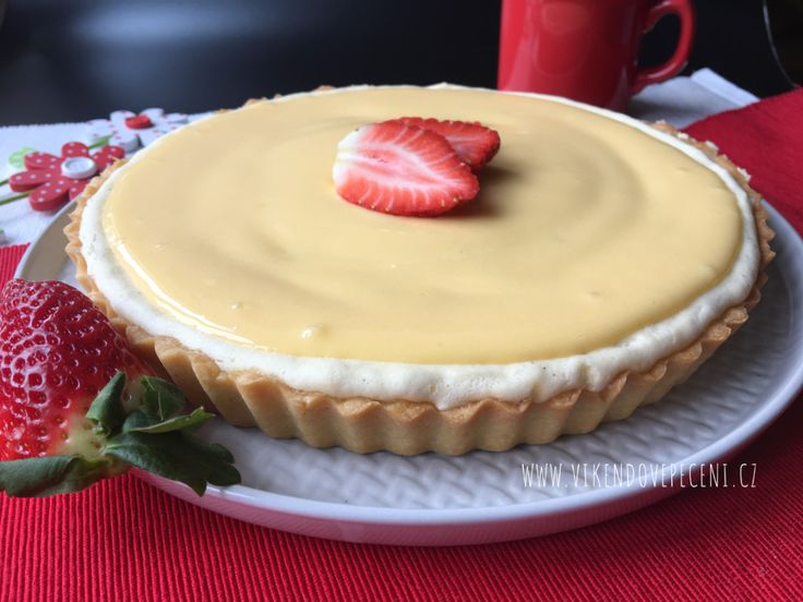 Víkendové pečení: Křehký koláč s tvarohem a citronovým krémem