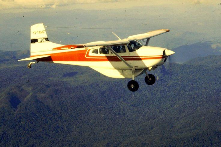 Cessna 185 over Venezuela