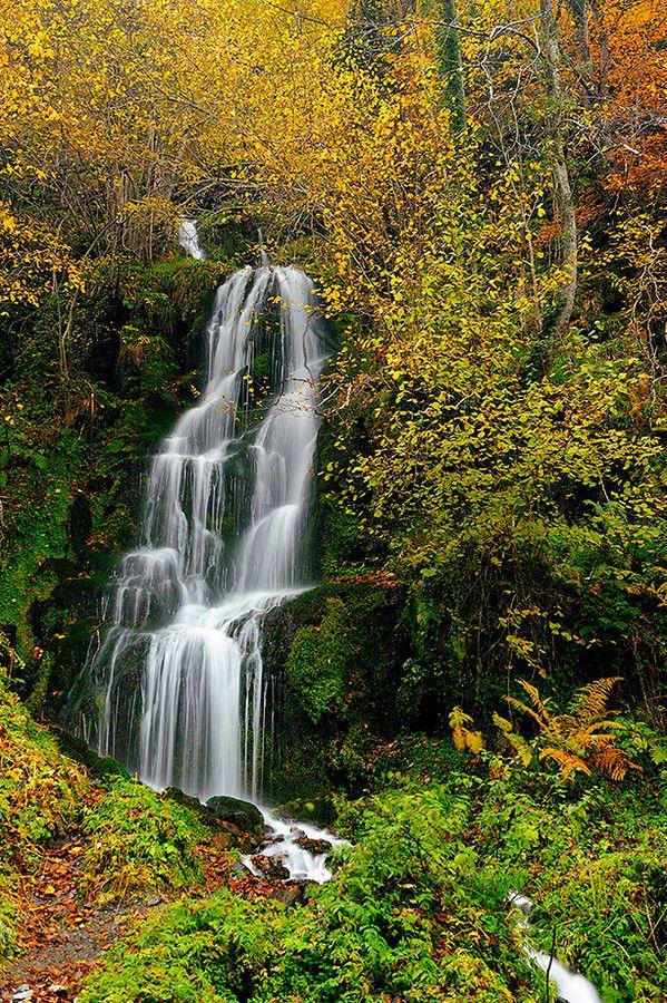 Salto de agua en Vall d'Arán by Eduard Rodoreda on 500px
