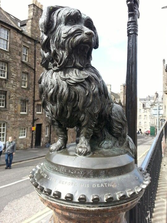 Greyfriars Bobby's Statue