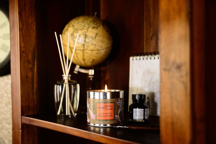 Batik Kudas - Transport yourself to the paradise of Indonesia with this fresh, tangy citrus scent, with sweet notes of mandarin and aniseed.