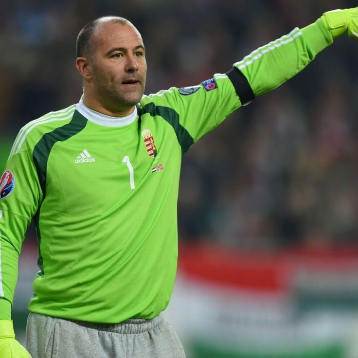 Hungary's Gabor Kiraly becomes oldest European Championship player