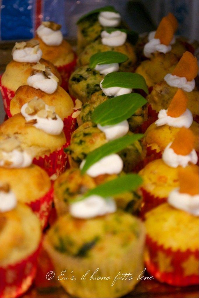 Mini muffin salati assortiti - Pecorino e noci, spinaci e provola, carote e speck