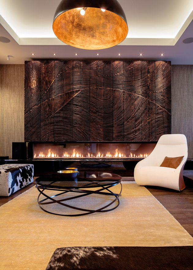 un design interior elegant, care să poată trece uşor prin timp, neafectat de mode şi capricii. Proiect: arh. Daniel Ciocăzanu (arhitect principal), arh. Claudia Ştefănescu (arhitect proiect) http://www.igloo.ro/articole/plaisir-doffrir/