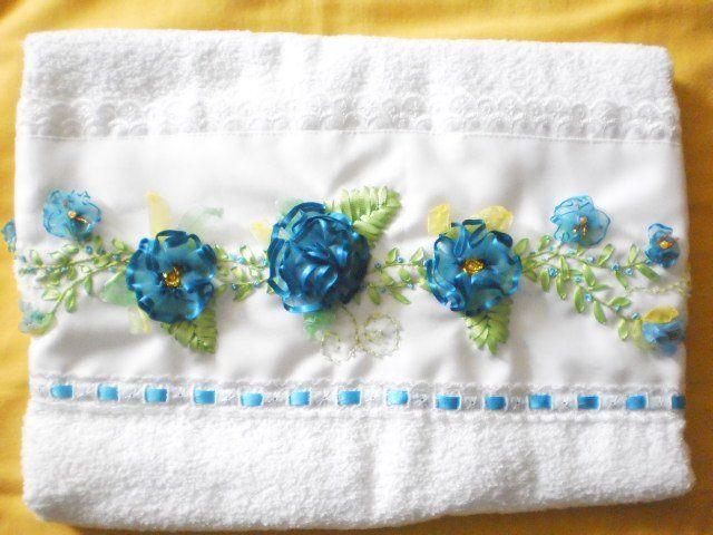 Toalla para manos, bordada con cintas | Toallas | Pinterest