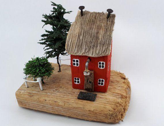 Maison de bois flott petites maisons couleur rouge g te cadeau de retraite nouvelle maison - Idee cadeau nouvelle maison ...