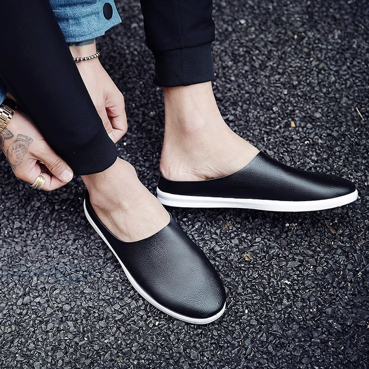 32.00$  Watch now - http://aliit4.shopchina.info/1/go.php?t=32806944528 - 2017 Hot Loafers Slip-on Summer High quality Solid Flats men shoes Leather Soft Casual Men Shoes Black White Superlight Zapatos  #buyonline