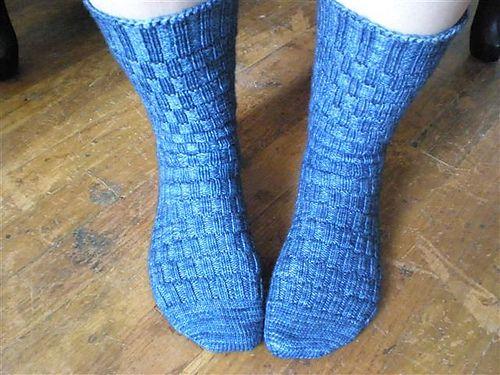 Knitting Pattern For Fancy Socks : 17 Best images about bush nancy stickat sockar mm on ...