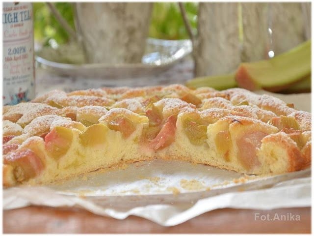 Domowa kuchnia Aniki: Szwedzkie ciasto z rabarbarem. Szybkie ciasto z ra...
