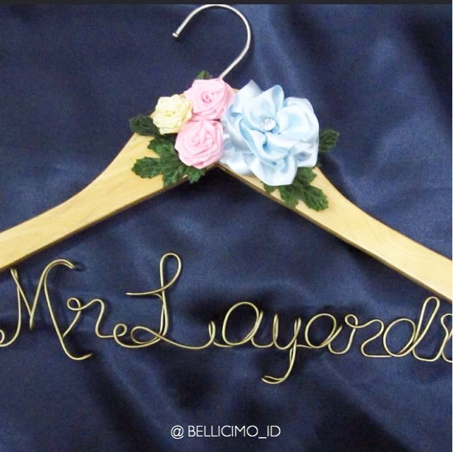 Mr Layardi's hanger