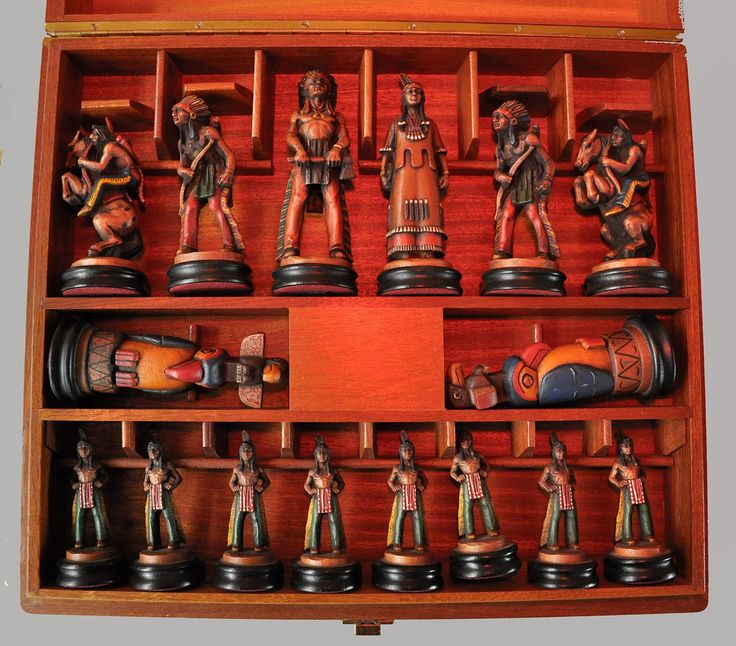 Anri Far West Chess Set, Indians