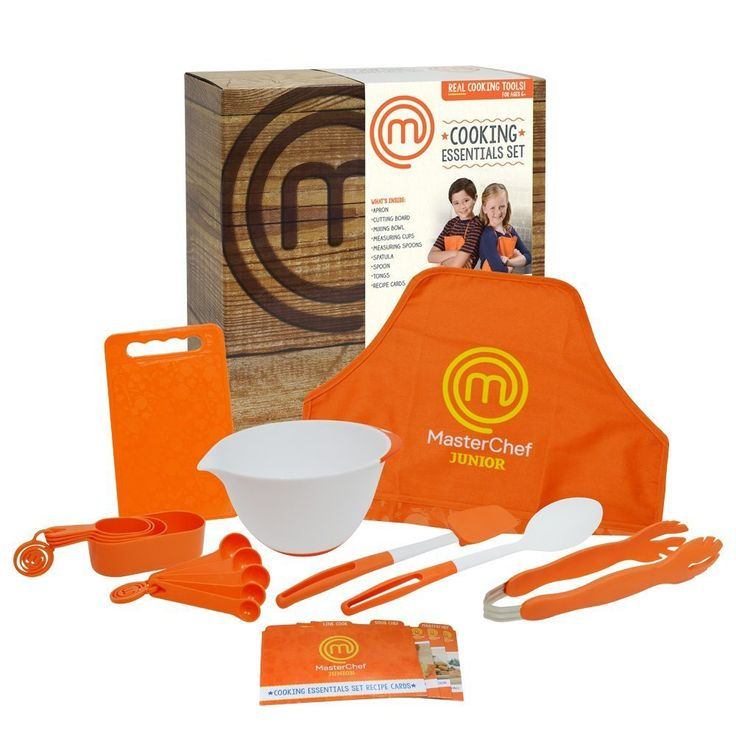 Recreate the fun and excitement of the hit TV series MasterChef Junior at home! The new MasterChef Junior cooking sets include real cooking tools with kid-safe, non-slip silicone grips. Each set featu