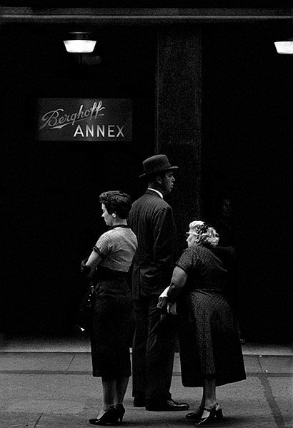 photo by Ray K. Metzker - Chicago 1958