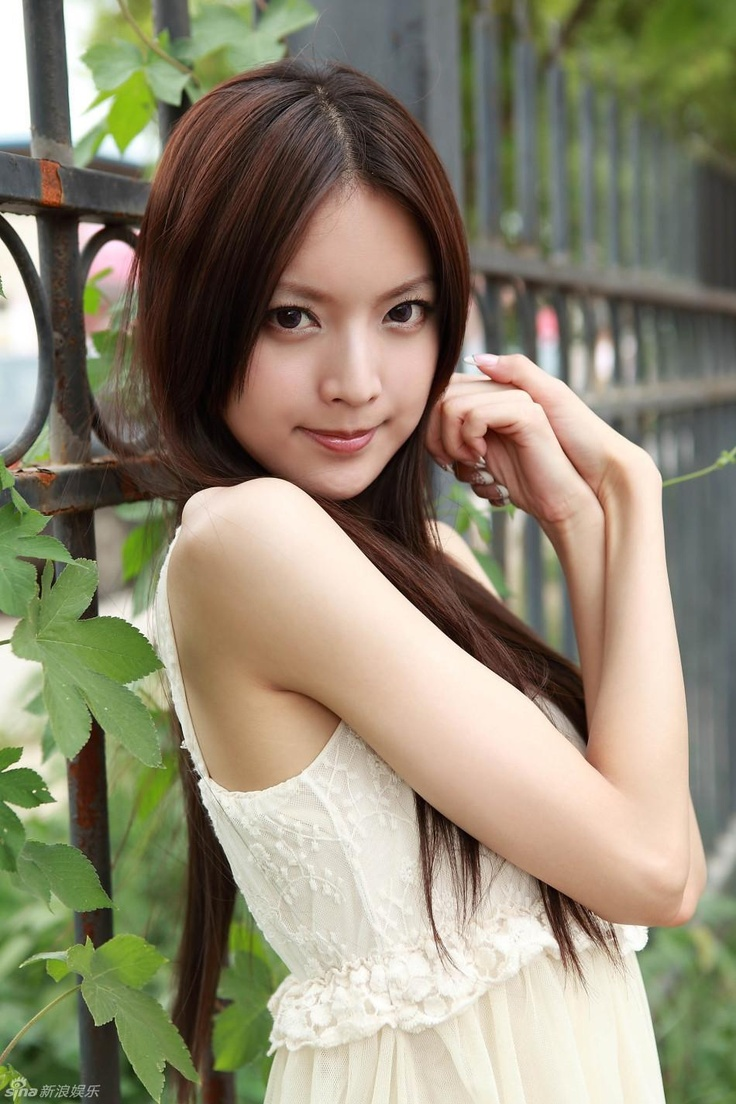 asian-young-beauties-shannon-james-bare