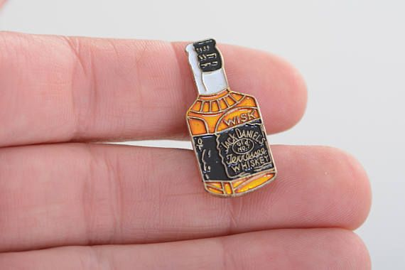 Vintage whiskey bottle pin enamel pin brooch Jack Daniels