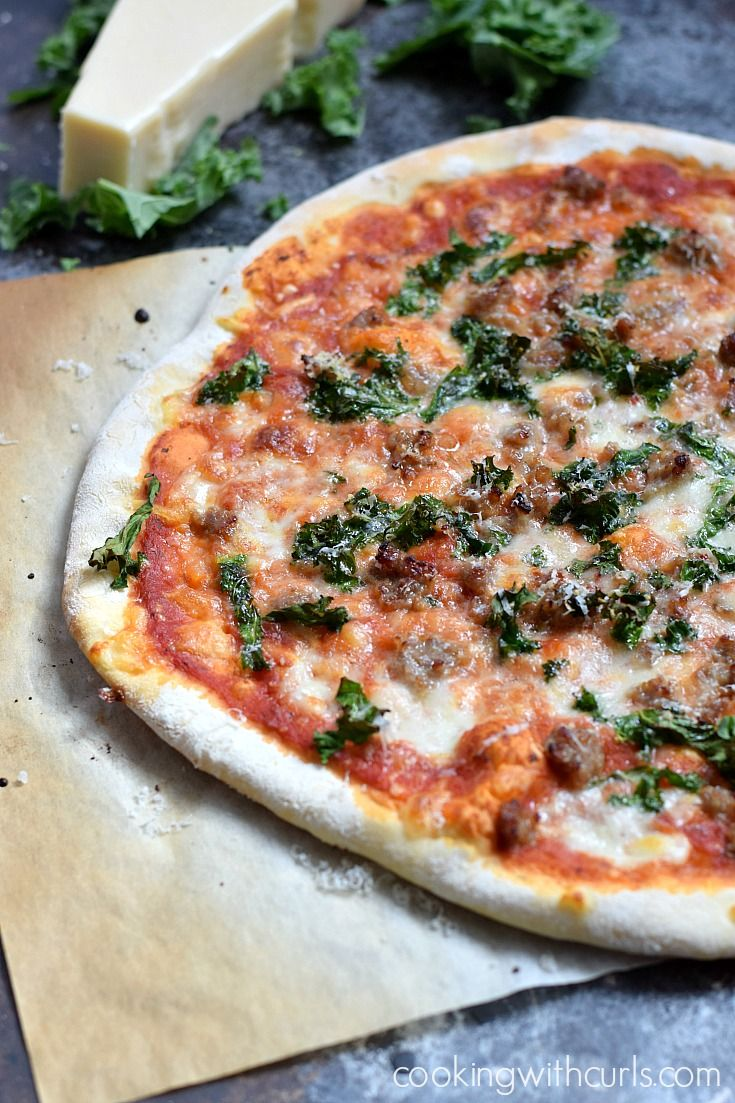 Sausage and Kale Pizza via @cookwithcurls