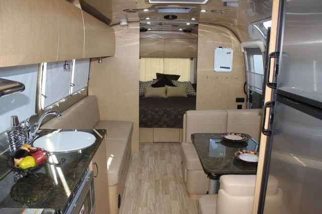 """2016 New Airstream 30FB Flying Cloud Travel Trailer in Arizona AZ.Recreational Vehicle, rv, 2016 Airstream 30FB Flying Cloud, Desert Autoplex is pleased to bring you this 2016 Airstream 30FB Flying Cloud Travel Trailer ~~~MSRP $99,438.00~~~ Read the information on this amazing Airstream and the options we have included then call Denny at 1.888.891.7024 to check on available """"Buy It Now"""" opportunities and to make your very best deal on this new Airstream. """"Open a world of new experiences""""…"""