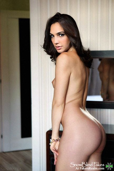 gal gadot fakes nude picture