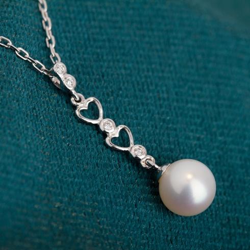 Lantisor cu pandantiv si perla B928