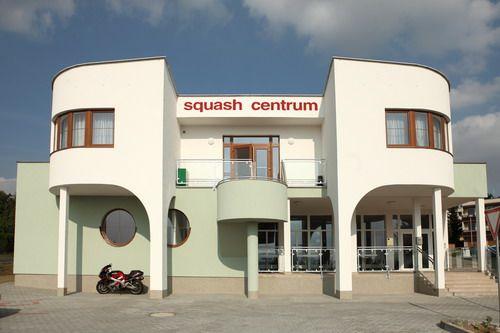 Penzion squash centrum Výsluní - Pelhřimov www.squash-vysluni.cz Penzion 3*