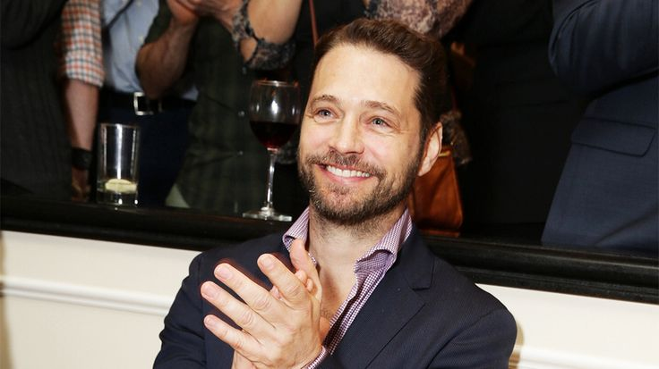 "Jason Priestley is directing a biopic on Phil Hartman, called ""Nice Guy Phil,"" with veteran actor Daran Norris starring as the late comedian. Tyler Levine is producing ""Nice Guy Phil"" through his T..."