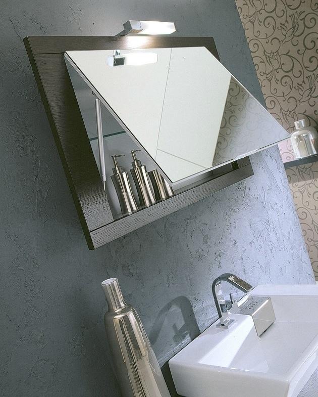 Grande contenitore dietro la specchiera, per riporre in ordine tutti i propri prodotti da bagno #bagno #design #arredo