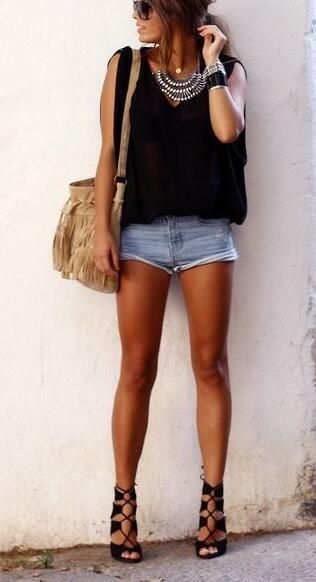 Trending Short Outfits Ideas to Copy