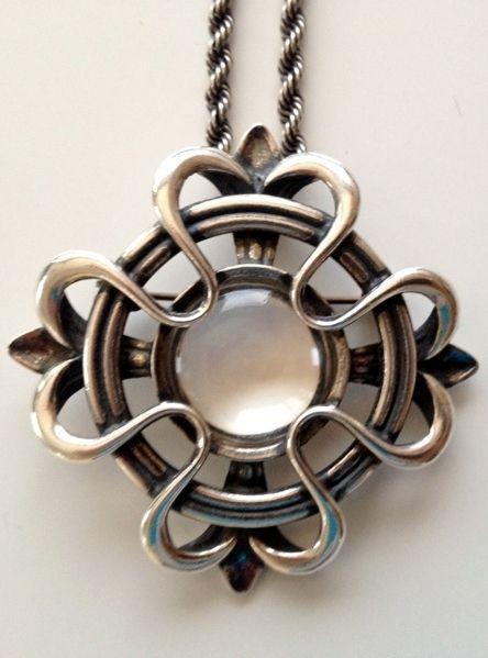 The Lilja pendant   Kalevala Korun Lilja riipus
