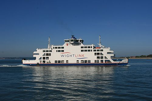 Isle of Wight Ferries | More Routes, More Ferries, More Often to the Isle of Wight. Crossing times from 22 mins. Sail from Portsmouth or Lymington.