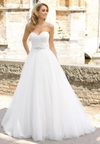 23 best The right dress images on Pinterest | Wedding frocks, Ball ...