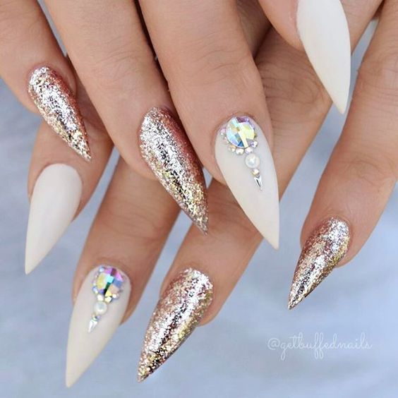 Long stiletto nails on white and grey, glitter and more - LadyStyle