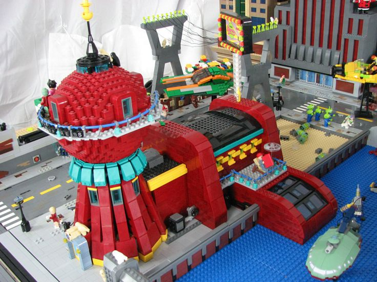 Futurama's Planet Express made out of Legos!