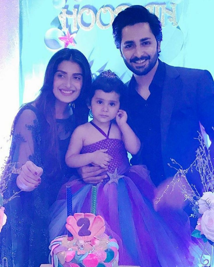 Ayeza Khan and Danish Taimoor are one happy couple of their daughter Hoorain's 2nd birthday party!  ❤ #Beautiful #Couple #AyezaKhan #DanishTaimoor #BabyHoorain #BirthdayCelebration #Party #PakistaniActresses #PakistaniCelebrities