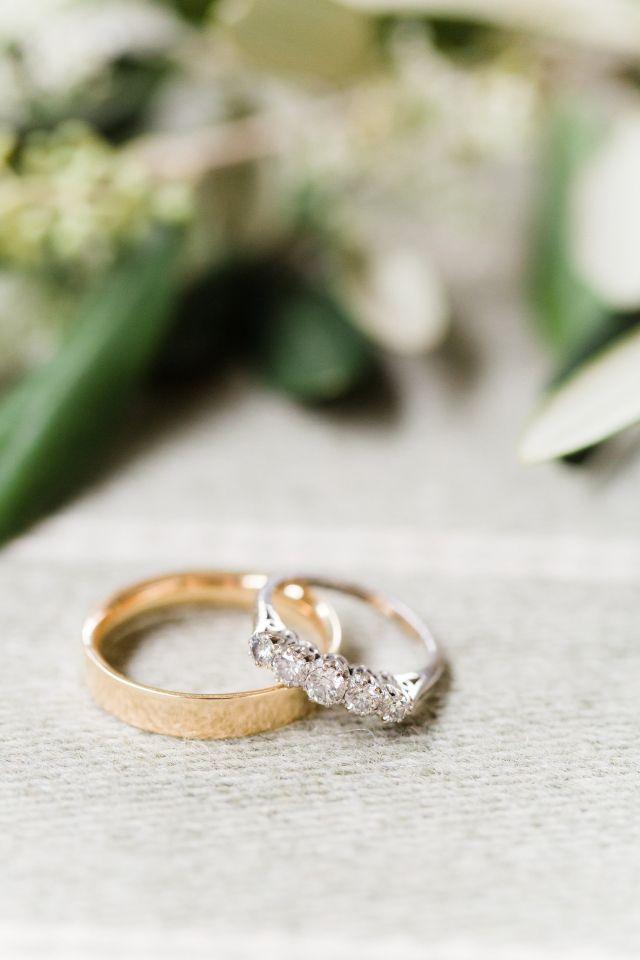 #trouwring #trouwringen #ringen #verloving #trouwen #bruiloft #inspiratie #wedding #engagement #ring #inspiration | Photography: Anouschka Rokebrand | ThePerfectWedding.nl
