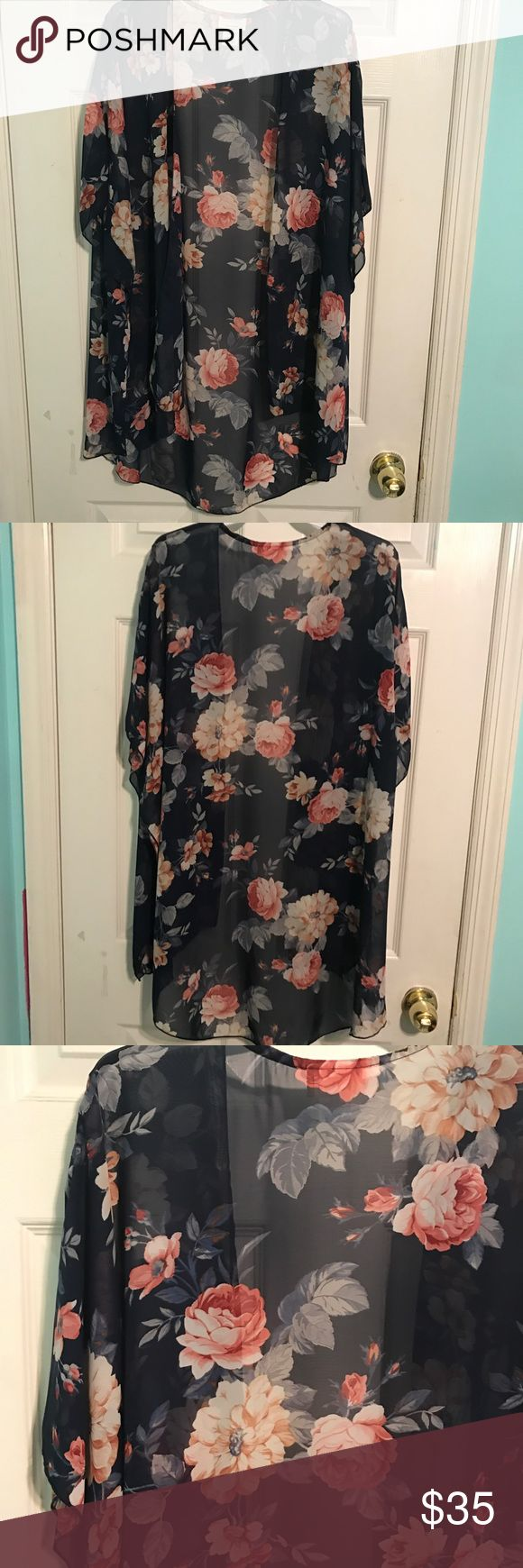 Women's floral kimono cardigan NEW Great to wear to the beach as a cover up or to throw on over a tank. Sheer Emory Park Swim Coverups