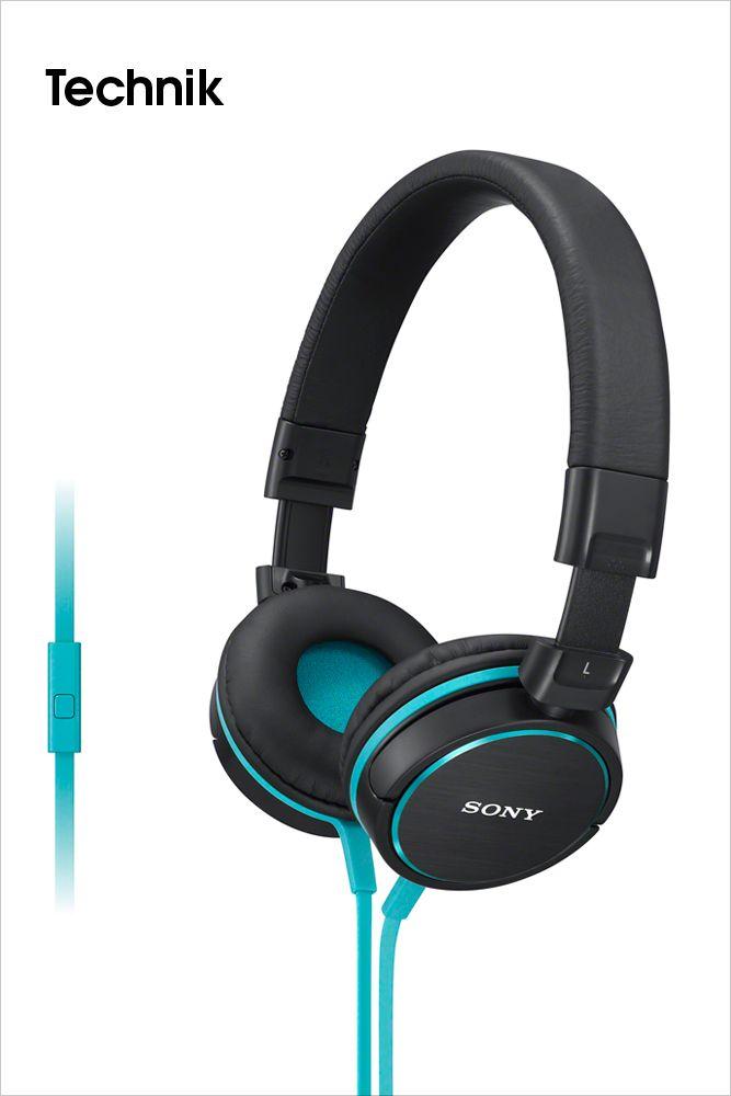 SONY •Überragender Sound, Komfort und Stil: Die neuen Kopfhörer-Serien MDR-ZX und MDR-EX von Sony.  Mit den beiden neuen Kopfhörer-Serien MDR-ZX und MDR-EX bringt Sony Farbe in den Frühling. Die insgesamt elf neuen Modelle sind ideale Partner für den mobilen Musikgenuss. Ob Bügelkopfhörer bei der MDR-ZX Serie oder In-Ohr-Kopfhörer bei der MDR-EX Serie, satter Sound und Tragekomfort sind in jedem Fall garantiert.  Bilderserie anzeigen: http://www.imagesportal.com/home42.php
