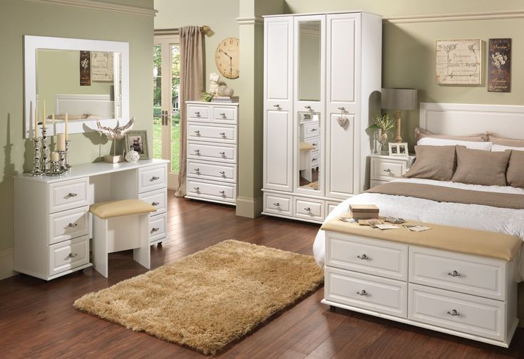 White Bedroom Set With Armoire #BedroomSetwithArmoire