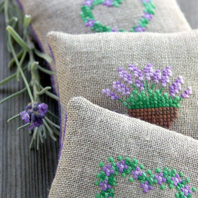 linen lavender sachets