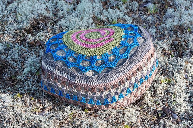Crocheted stone in Hailuoto