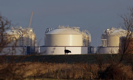 Energy suppliers held back gas during UK shortage: Some of Britain's biggest energy suppliers were holding back gas in storage tanks at a time when the market ran into an acute shortage two months ago, triggering a doubling of wholesale prices. More: http://www.guardian.co.uk/business/2013/may/24/energy-suppliers-held-back-gas-uk