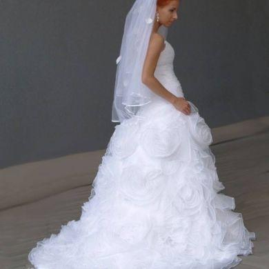 princeznovské šaty