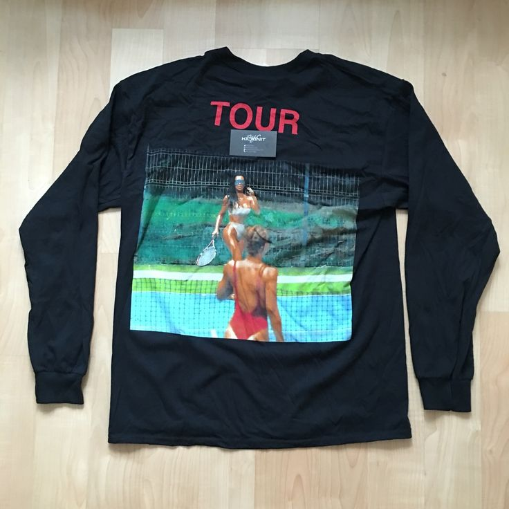 "SAINT PABLO TOUR MERCH LONG SLEEVE ""KIM K"" TEE"
