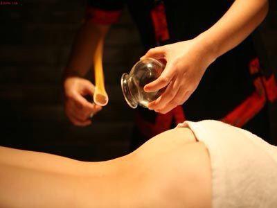 Bańki ogniowe stawiane na alkohol. Metoda Tradycyjnej Medycyny Chińskiej TCM.