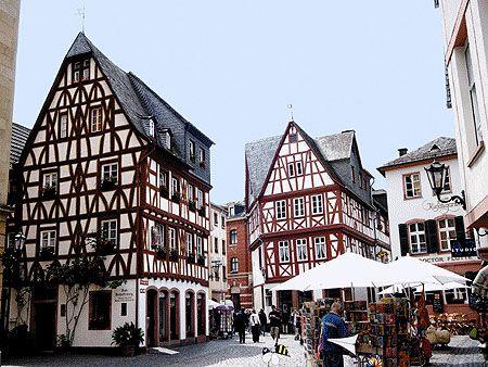"""""""Kirschgarten"""" in the old town of Mainz"""