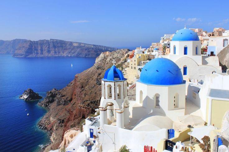 Masterchef Italia Cooks Greek Style in Santorini