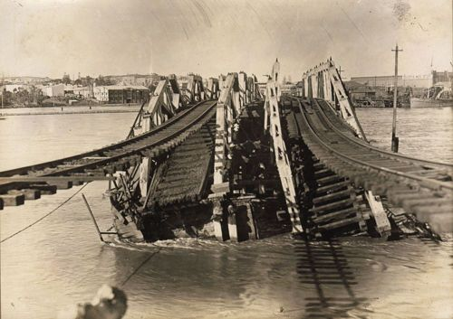 Fremantle Railway Bridge, collapsed. 22 July 1926.