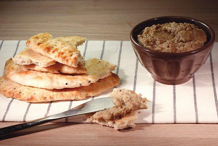Receta de baba ganoush en Crock Pot. Receta paso a paso con imágenes y recomendaciones de servicio. Receta de mezze árabes en slow cooker.