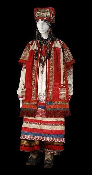 Russian folk costume from Ryazan'.