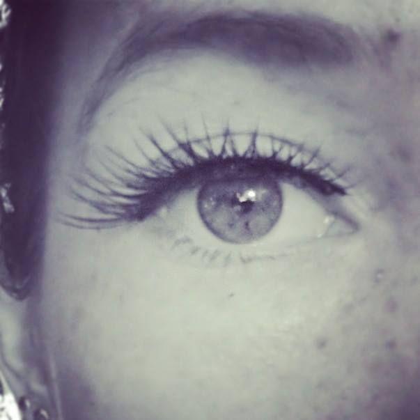 Fake lashes!