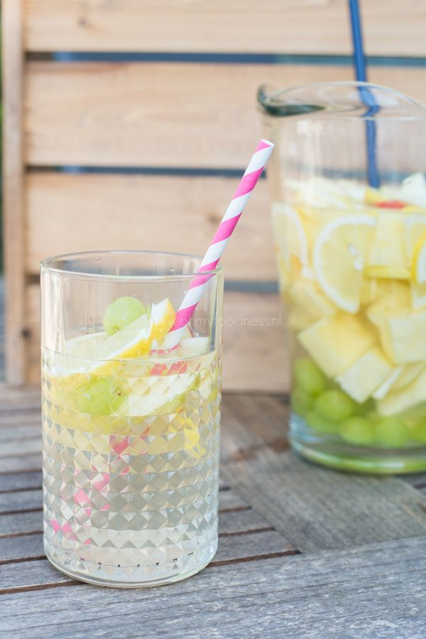Witte Sangria - OhMyFoodness